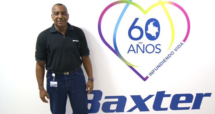 Baxter Colombia employee Libardo Gomez celebrates 60th anniversary.